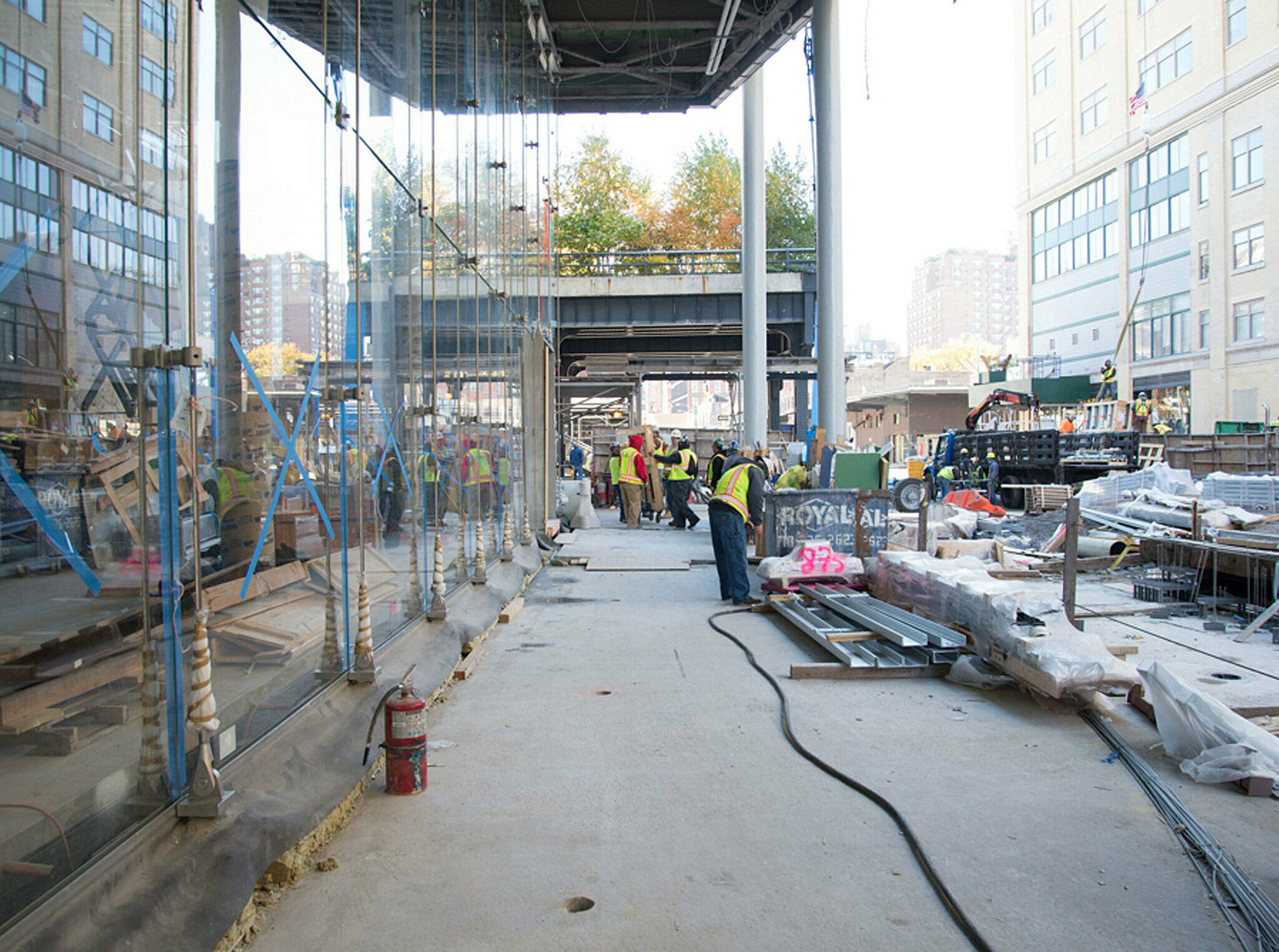 Entrance under construction of the Whitney building.