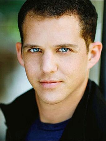 A headshot of actor Blaine Pennington.