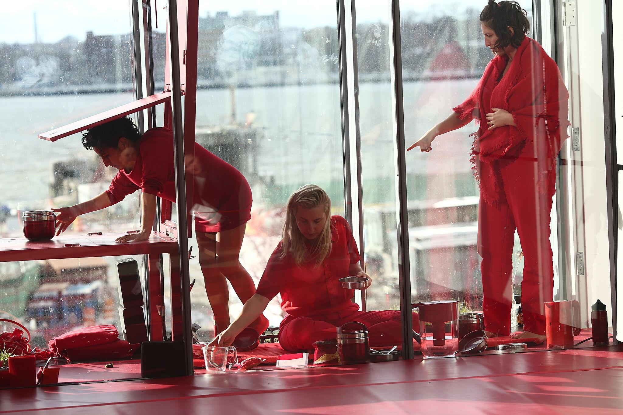 performing artists preparing food