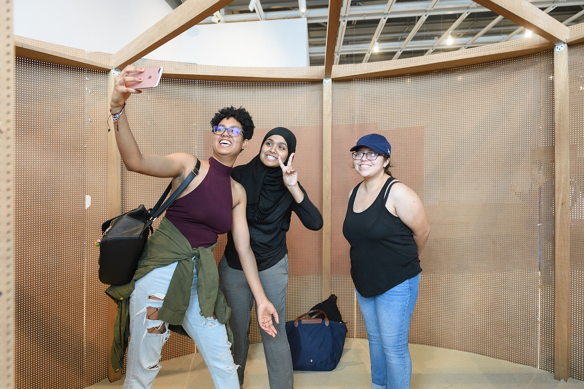 visitors taking a selfie in Oiticica exhibition