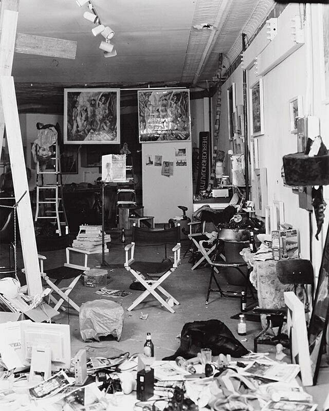 A photograph of a studio.