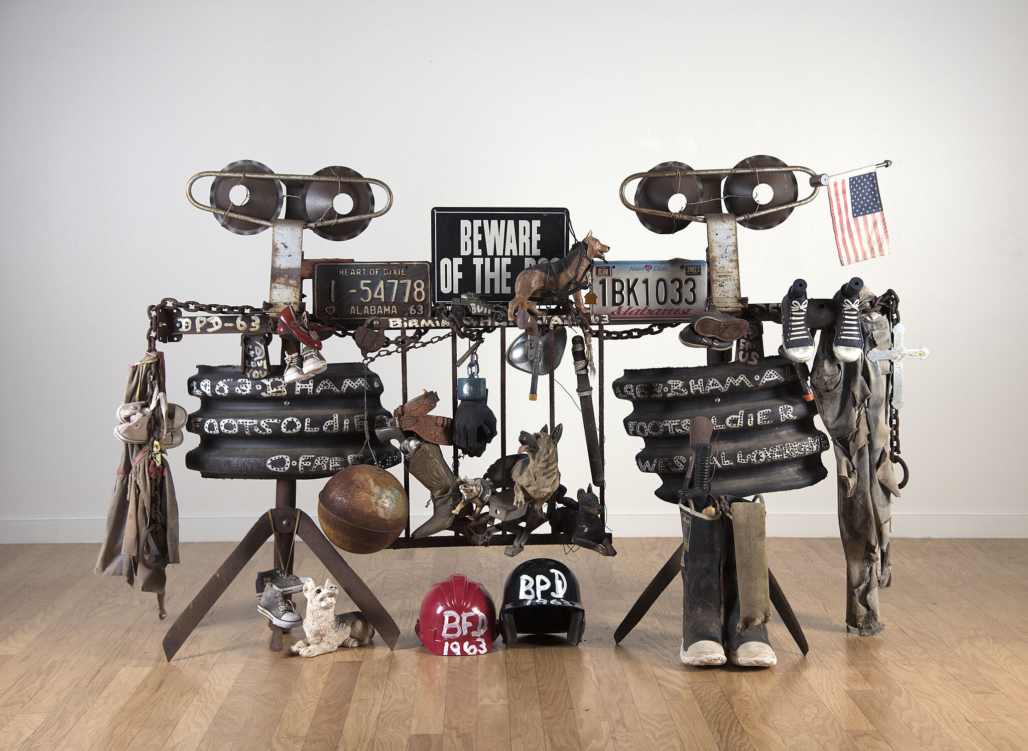 Sculptures made out of license plates and other metal parts.